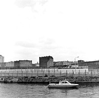 13_Boat with border guards West Berlin in April 1989_JAC