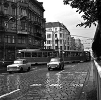 06_Two Trabants with tram East Berlin in April 1989_JAC